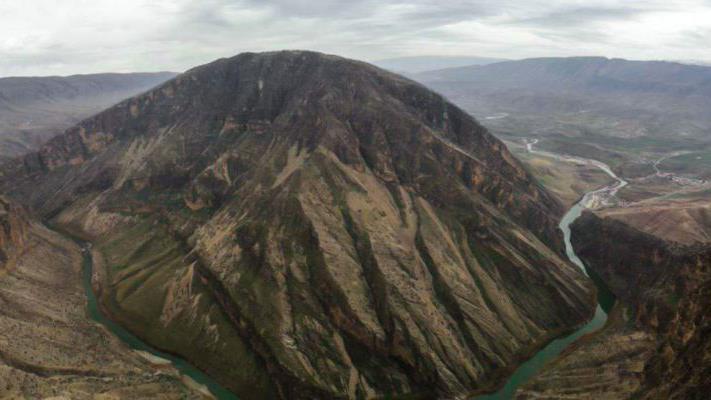 تنگ سازبن بهشتی دیدنی در استان ایلام